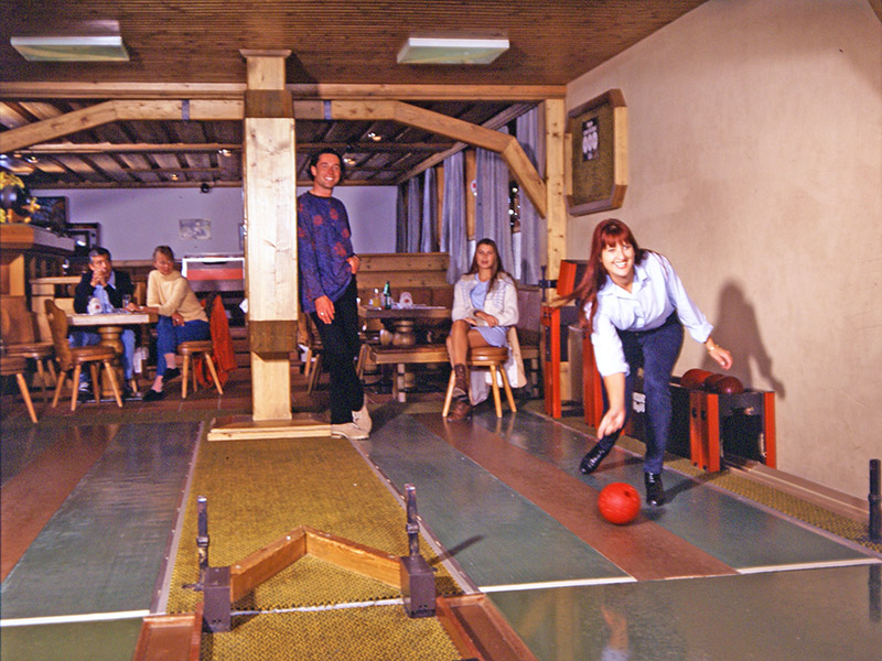 Huge fun: evening bowling competitions